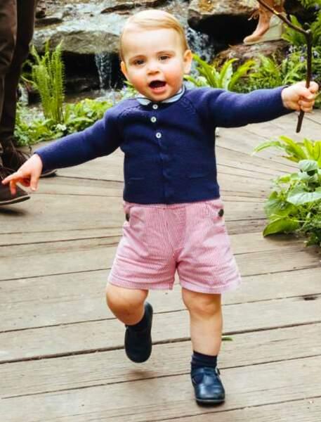 C'était la première fois qu'on voyait Louis marcher. Il avait tout juste un an.
