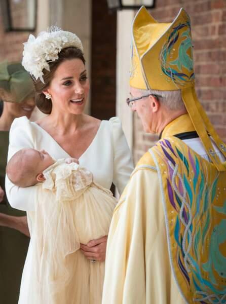 Kate Middleton, et son fils cadet, le prince Louis, lors de son baptême le 9 juillet 2018.