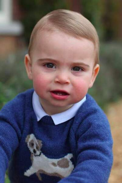 Bientôt âgé de 2 ans, le prince Louis n'a surement pas fini de nous faire craquer ..