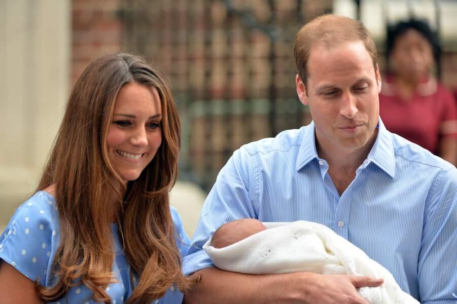 Cette présentation du Royal Baby était très attendue, puisque ce bébé sera le futur roi d'Angleterre.