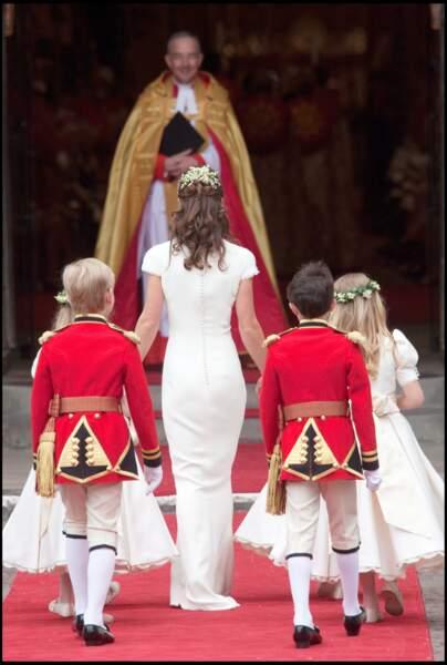 La longue robe de Pippa Middleton , mettant parfaitement en valeur sa silhouette, avait suscité de nombreuses réactions.