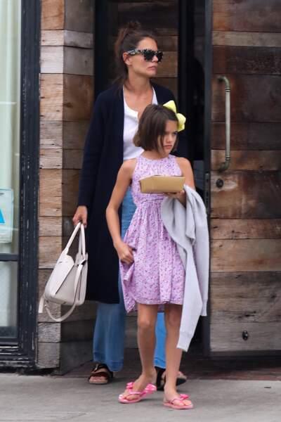 Katie Holmes et sa fille Suri sont allées dîner au restaurant Gjelina à Venice le 23 aout 2017.