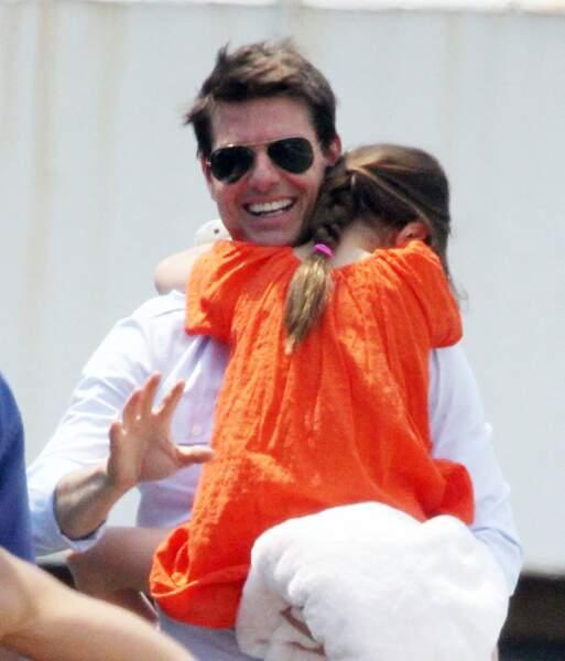 L'une des dernières photos de Tom Cruise avec sa fille Suri, le 18 juillet 2012, l'année du divorce. Elle a six ans