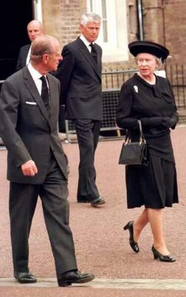 La reine Elizabeth II et le prince Philip aux obsèques de la princesse Diana en 1997