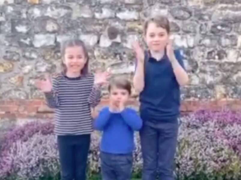 La vidéo des enfants en train d'applaudir a été publiée sur le compte Instagram de Kensington Palace. Un beau geste pour encourager le personnel soignant en ces temps difficiles de lutte contre le Covid-19.