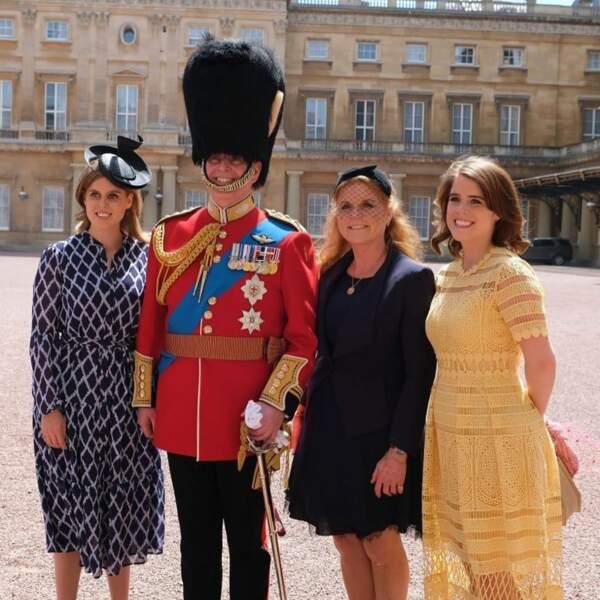 La princesse Eugénie avec ses parents le duc et la duchesse d'York, et sa soeur Béatrice le 1er juin 2019 à Londres