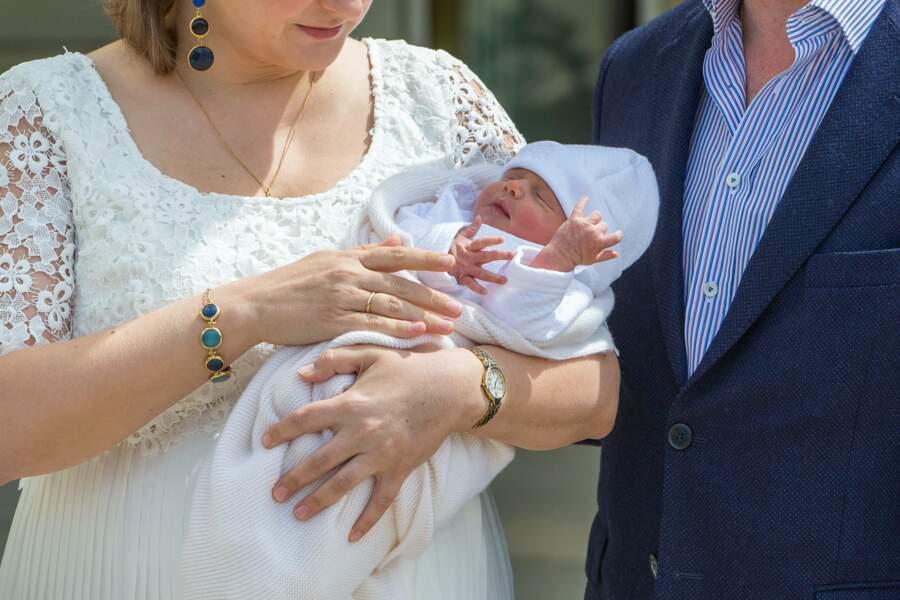 Le petit garçon de Guillaume et Stephanie de Luxembourg répond au doux nom de Charles.