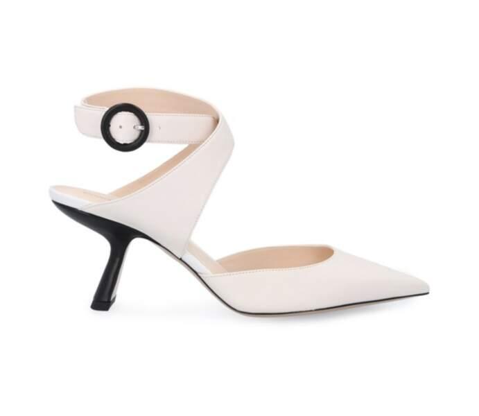 Sandales à talons pyramides Lexi, 575€, NICHOLAS KIRKWOOD