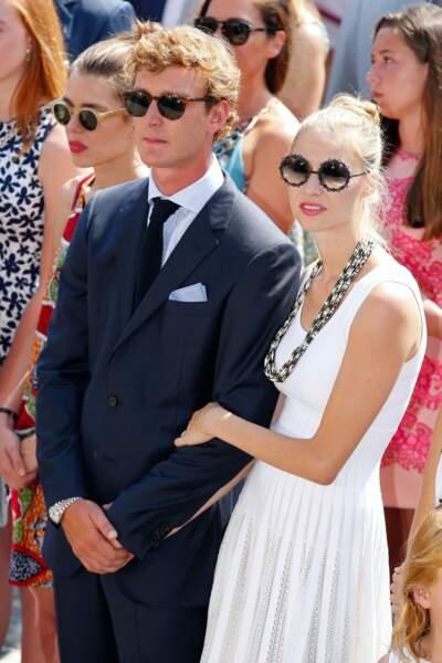 Charlotte Casiraghi et sa belle-sœur Beatrice Borromeo affichent en 2015, une passion pour les lunettes de soleil rondes.