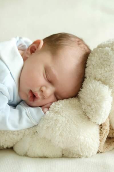 Le prince Charles, premier enfant du prince héritier Guillaume de Luxembourg, né le 10 mai 2020
