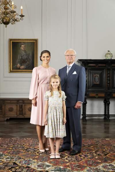 Le roi Carl XVI Gustaf de Suède, sa fille la princesse Victoria et sa petite-fille la princesse Estelle, en 2019