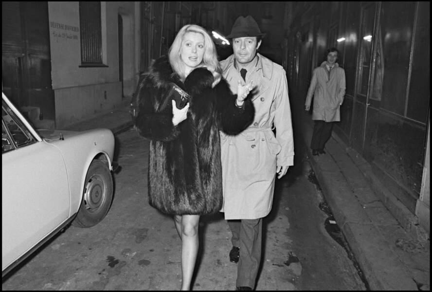 Par la suite, Catherine Deneuve se met en couple avec Marcello Mastroianni.