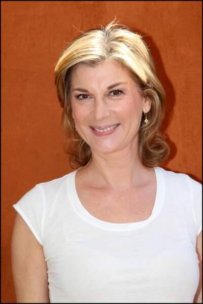 2011 : Michèle Laroque à Roland-Garros, au naturel.