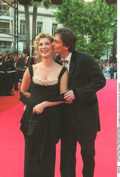 """2001: Michèle Laroque et Pierre Palmade savourent le succès de leur duo au théâtre puis au cinéma avec """" Ils s'aiment """"."""