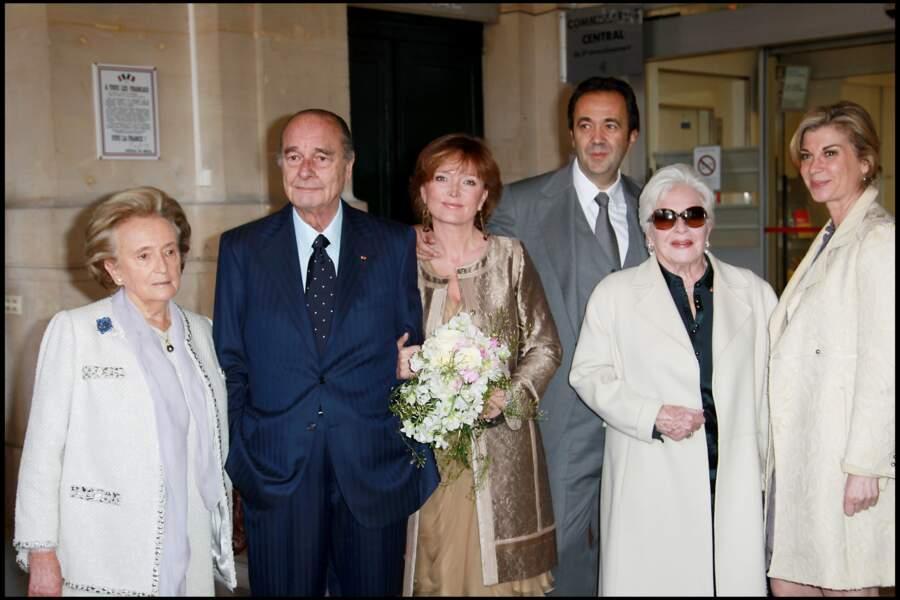 2011 : Michèle Laroque au mariage de son amie Claude Chic avec Frédéric Salat Badoux.