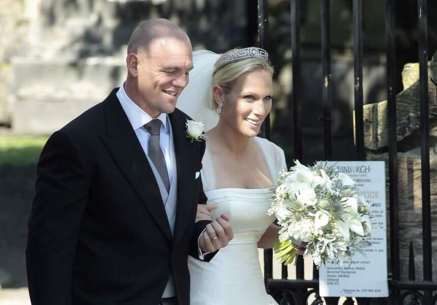 Zara Phillips et Mike Tindall se sont rencontrés en 2003 dans un bar à l'occasion de la coupe du monde de rugby. Huit ans plus tard, le couple s'est marié à Edimbourg le 30 juillet 2011.
