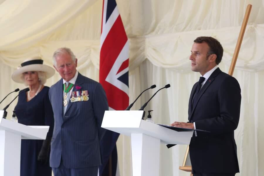 Le prince Charles, Camilla Parker Bowles et Emmanuel Macron à Londres, le 18 juin 2020 pour le 80ème anniversaire de l'appel du 18 juin du général de Gaulle