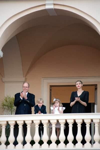 Le prince Albert II de Monaco, son épouse Charlene, ainsi que leurs deux enfants, Gabriella et Jacques, ont célébré ce 23 juin la Saint-Jean.
