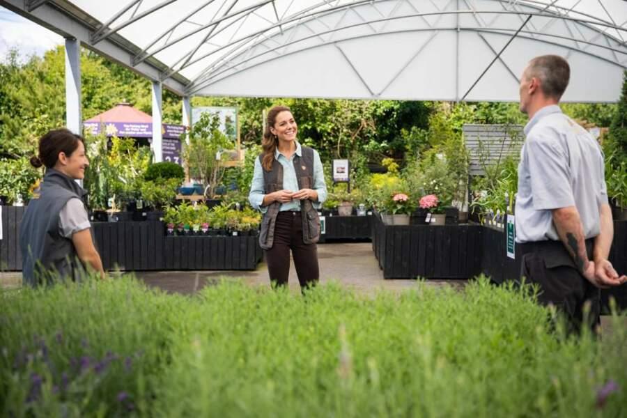 La duchesse de Cambridge était déjà allée faire du jardinage, chez des exploitants touchés par la crise du Covid-19, vendredi 19 juin.