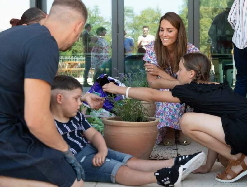 Kate a échangé avec les enfants malades et leurs familles.
