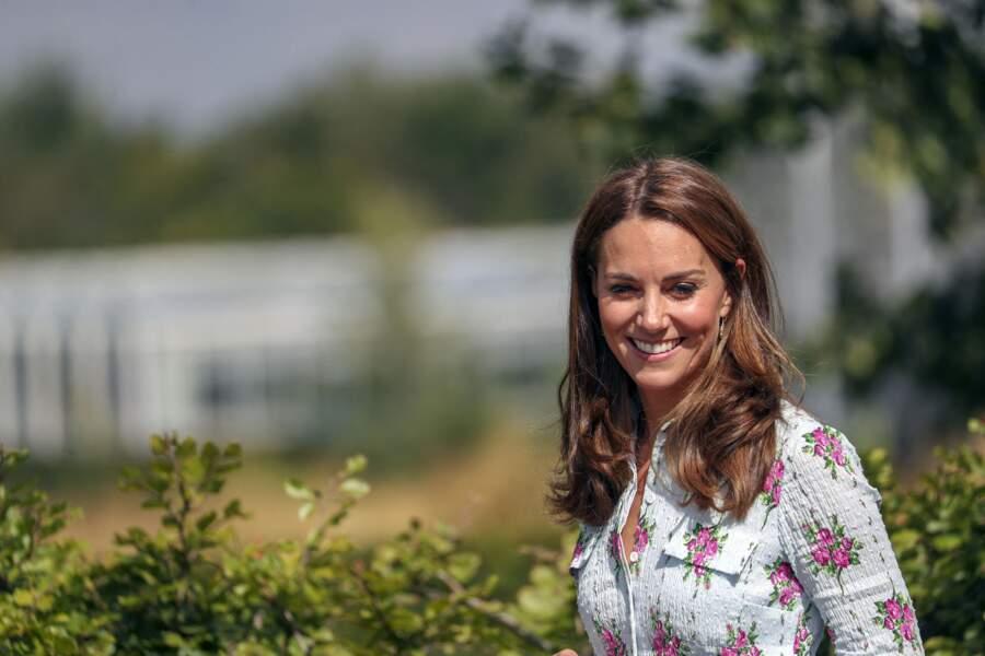 Kate Middleton naturelle et bronzée avec les cheveux lâchés, des reflets auburn le 10 septembre 2019.