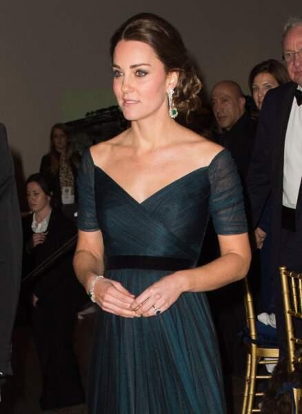 Kate Middleton avec un chignon très sophistiqué au Moma à New York le 9 décembre 2014.