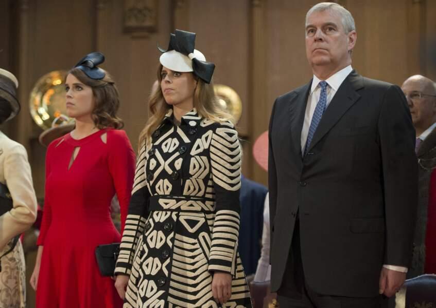 Les princesses Eugenie et Beatrice d'York avec leur père le prince Andrew.