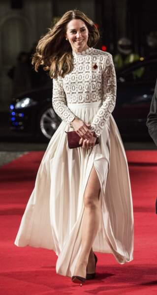 Kate Middleton, cheveux au vent pour un festival de cinéma le 3 novembre 2016.