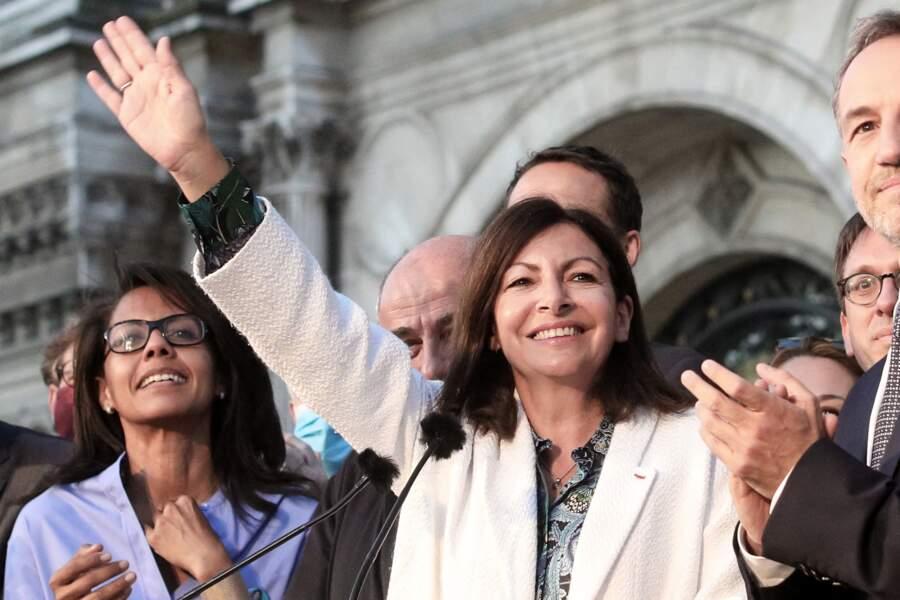 Audrey Pulvar était au côté d'Anne Hidalgo pour fêter sa victoire à la mairie de Paris, ce 28 juin.