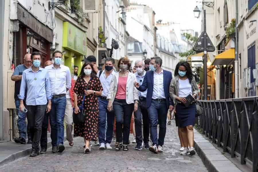 Pendant l'entre-deux-tours, Anne Hidalgo a fait campagne, avec notamment David Belliard, candidat d'EELV et Audrey Pulvar. Le 25 juin, ils déambulaient dans les rues du 5e arrondissement.