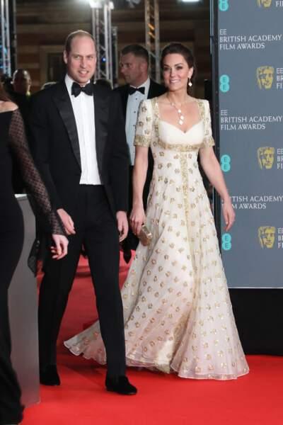 Kate Middleton recycle sa robe blanche et dorée lors des Bafta, le 2 février 2020.