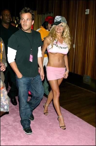Stephen Dorff : entre 2004 et 2005, Pamela Anderson a brièvement fréquenté l'acteur Stephen Dorff
