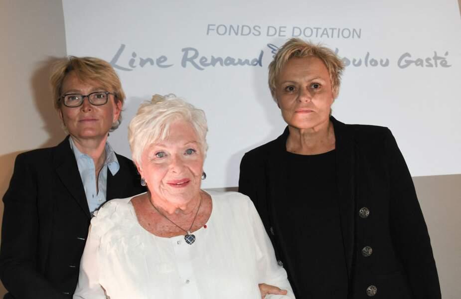 """Claude Chirac, Line Renaud et Muriel Robin, à la remise du prix """"Line Renaud - Loulou Gasté"""", le 25 octobre 2019."""