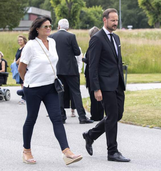 Kristin Høiby Bjørnøy, la soeur de Mette-Marit de Norvège, avec le prince Haakon de Norvège.