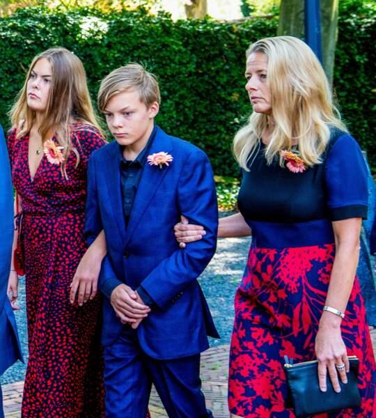 Eloise d'Orange-Nassau : a 18 ans, la petite-fille aînée de l'ancienne reine Beatrix et la fille aînée du prince Constantijn est cinquième dans l'ordre de succession