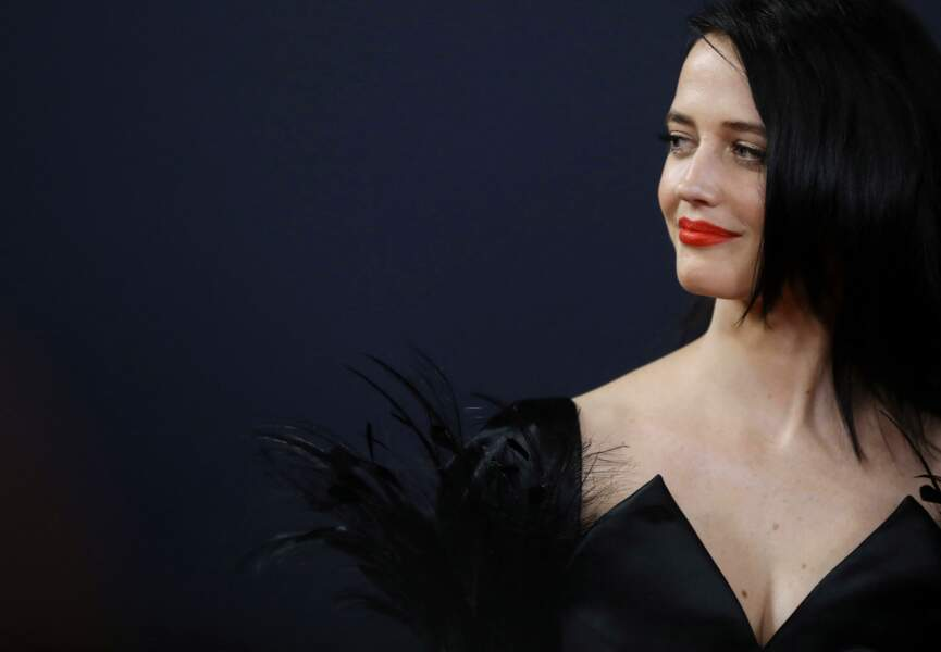 Eva Green sort de l'ombre