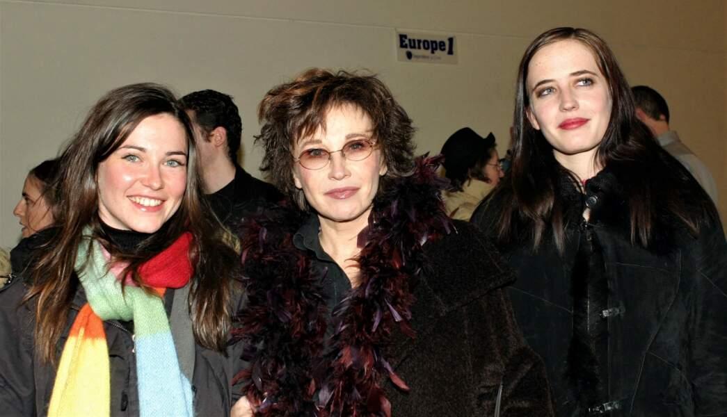 Marlène Jobert entourée de ses filles Joy et Eva
