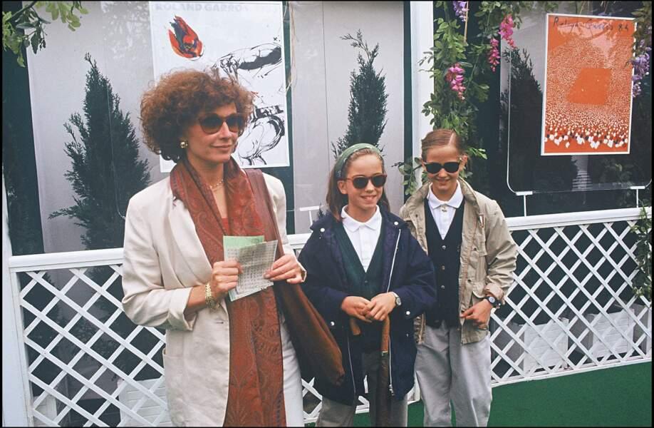 Marlène Jobert et ses deux filles