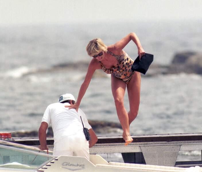 Lady Diana, sans cesse traquée par les photographes