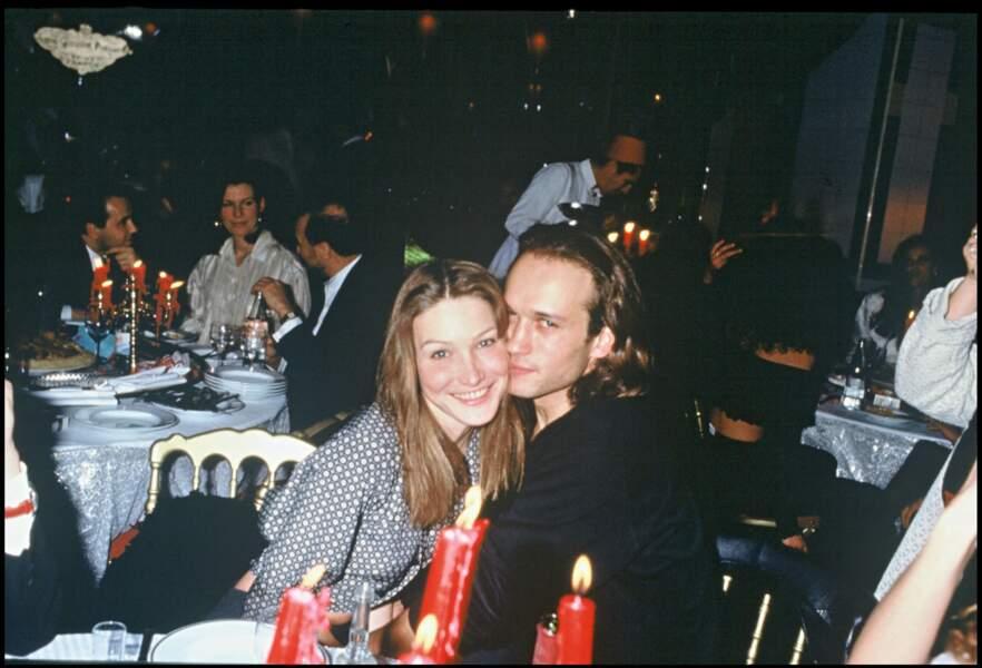 Vincent Perez et Carla Bruni très amoureux