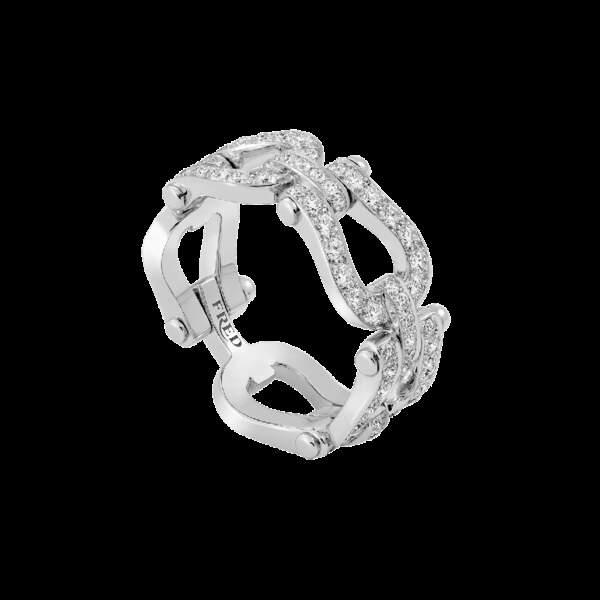 Bague en or blanc et diamants, 7400€, Fred Joaillerie