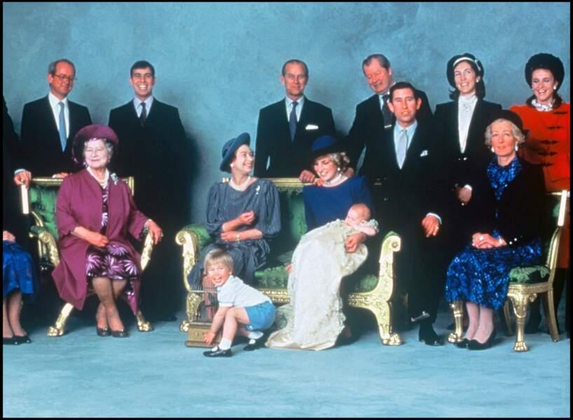 Le prince William pour le baptême du prince Harry.