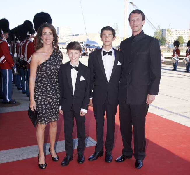 La princesse Marie, le prince Joachim de Danemark et leurs enfants Nikolai et Felix le 1er juin 2014