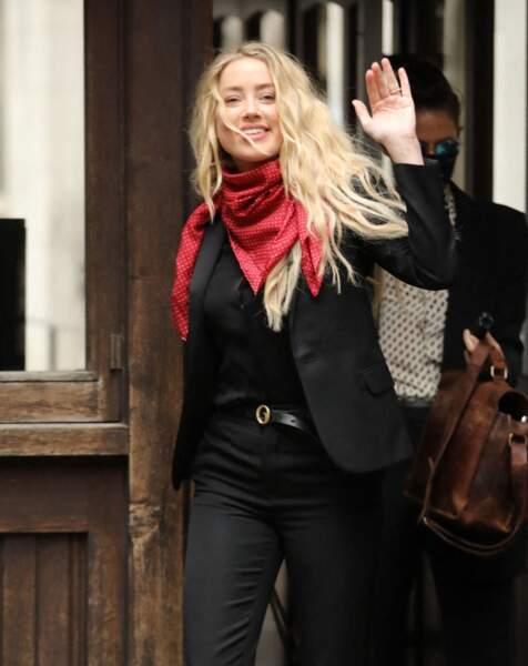 Amber Heard arrive à la cour royale de justice de Londres, le 16 juillet 2020.