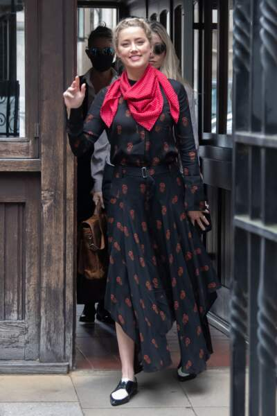 Amber Heard, à son arrivée à la cour royale de justice à Londres, pour le procès en diffamation contre le magazine The Sun Newspaper, le 15 juillet 2020.