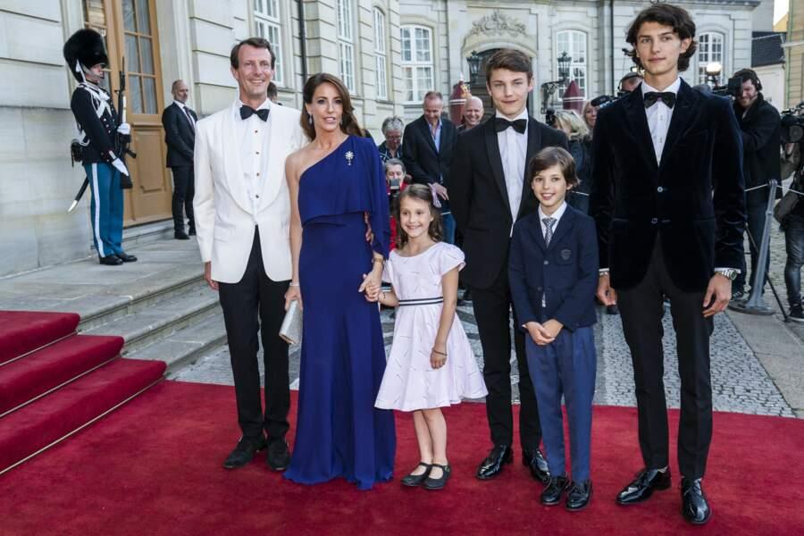 Le prince Felix du Danemark et sa famille en juin 2019