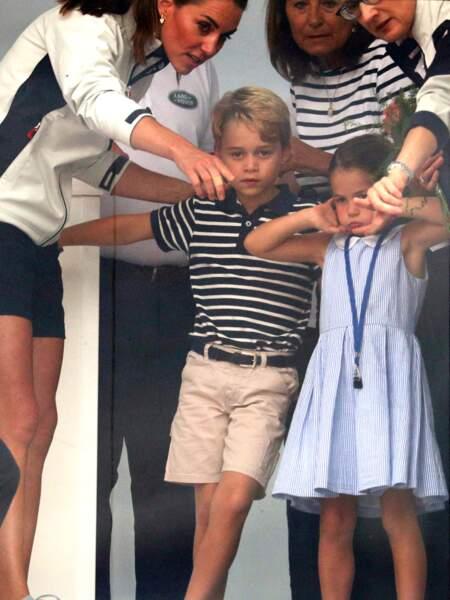 Le prince George et la princesse Charlotte ne veulent en faire qu'à leur tête