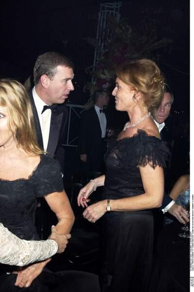 Le prince Andrew et Sarah Ferguson, lors d'une soirée, en septembre 2002.