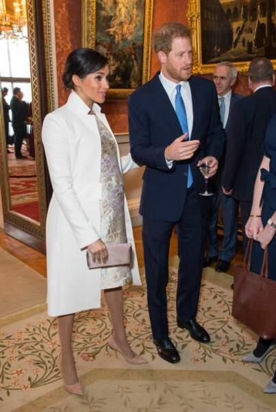 Meghan Markle et Harry ensemble et prêts à rejoindre la famille royale pour les 50 ans de l'investiture du prince de Galles.