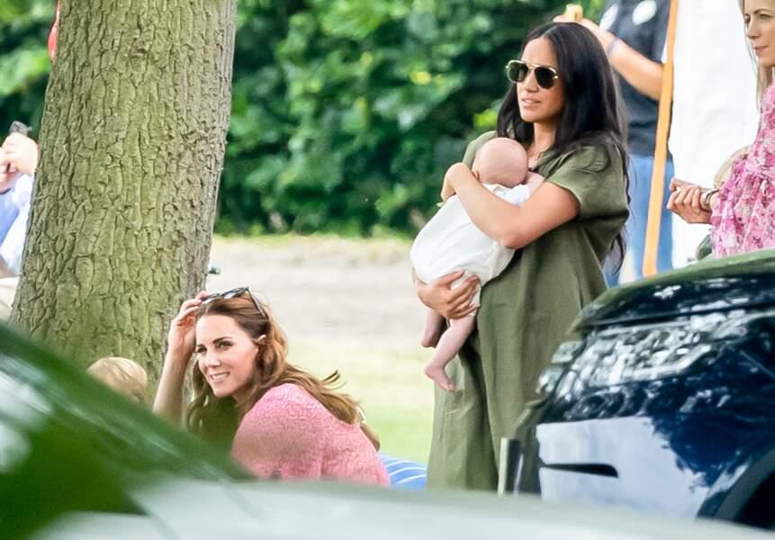 Meghan Markle et Kate Middleton étaient également apparues très froides lors d'un match de polo en juillet 2019.
